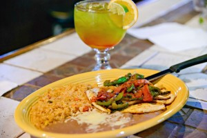 12 dining at Los 3 Amigos Chattanooga